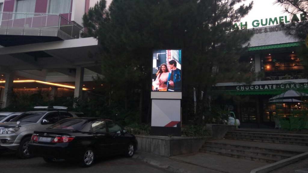 minitron swiss van java garut led display outdoor lintasmediatama iconic advertising videotron